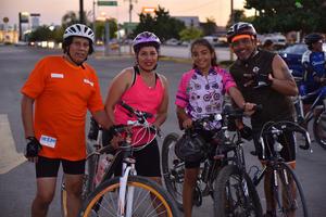 04062019 Alejandro, Marisa, Anne y Rogelio.