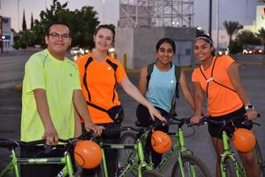04062019 Luis Alfredo, Martha Eugenia, Bárbara y Mafer.