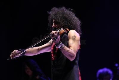 El prodigio del violín se presentó anoche en el Auditorio del Pueblo, un recinto muy distinto a aquel que pisó en 2016, el Teatro Ricardo Castro.