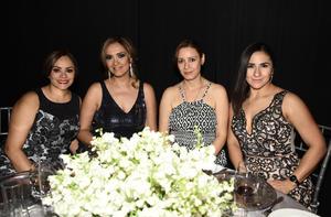 Brenda, Jaqueline, Belem y Cristina
