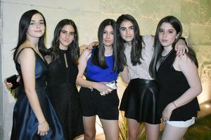 Arantza, Julia, Fernanda, Valentina y María