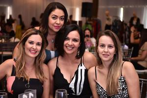 Andreza, Vau, Tatiana y Dunía