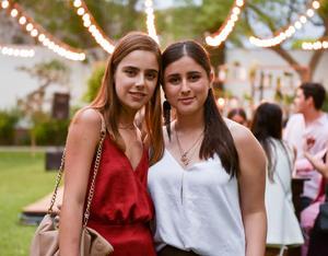 Ángela y Maryfer