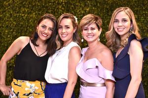 Cynthia, Sonia, Ana Sofi y Ana