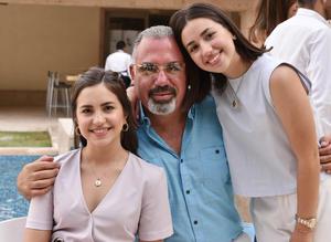 Daniela, Jaime y Luisa