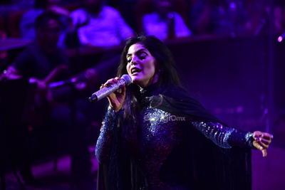 El lugar congregó a miles de espectadores quienes bailaron y cantaron con la propuesta musical de la llamada 'Reina grupera'.