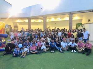 08062019 LA FOTO DEL RECUERDO.  Andrés Rentería Herera en su bautizo acompañado de toda su familia.