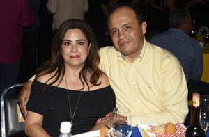 08062019 Lucía y Víctor Ortiz.