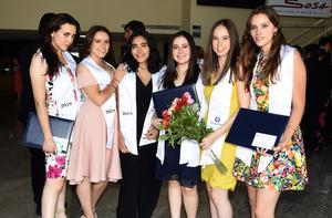 Laura Pérez, Isabel G., Ana López, Bárbara Gutiérrez, Caro Fernández y Sofía Pérez