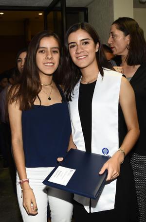 Valeria y Daniela Ramírez