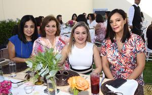 Alejandra Alcalá, Ana Cris Mery, Tuty y Bárbara Mery