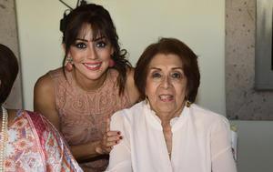 Viridiana y Margarita Vallejo de Ávalos
