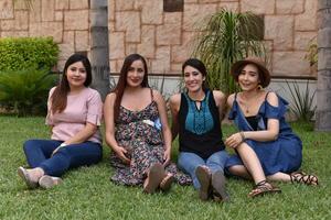 09062019 BABY SHOWER.  Jessica de Santiago acompañada de sus amigas en la fiesta de canastilla que le organizaron con motivo del nacimiento de su primer bebé.