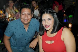 11062019 Lalo y Paola.