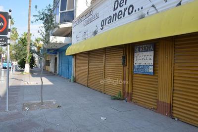 Conforme se modifican los patrones de consumo, el Paseo Morelos tiene que adecuarse a las demandas de los ciudadanos.
