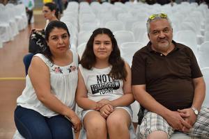 12062019 Adriana, Marlene y Luis Armando.