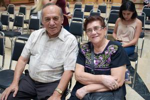 13062019 Rogelio y Mary Carmen.