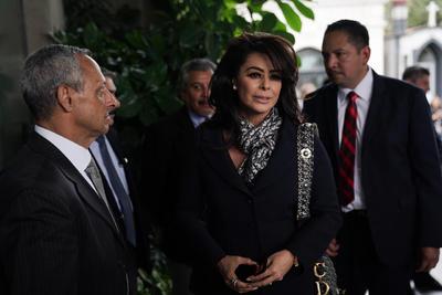 Yadhira Carrillo ofrece todo su apoyo a Constanza, hija de Edith González, asegurando que para ella sería un gran privilegio poder ayudarla en cualquier momento que lo necesite.