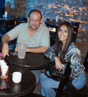 14062019 Víctor y Fabiola.