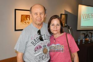 15062019 EN PAREJA.  Ricardo y María del Refugio.
