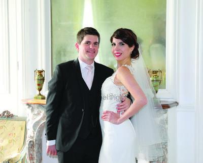 Ing. Olivier Levenez y Lic. Marijose Sánchez Ortiz celebraron su boda religiosa en Rouen, Francia.