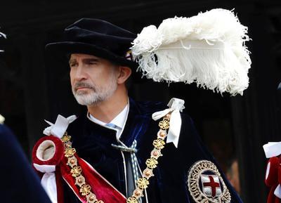 El acto se realizó en presencia de la reina Isabel II de Inglaterra.