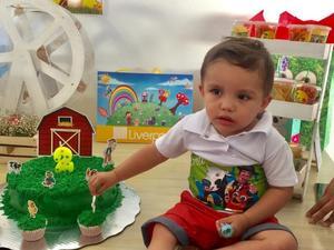 18062019 MUCHAS FELICIDADES.  El pequeño Santi en su celebración por su segundo aniversario de vida.