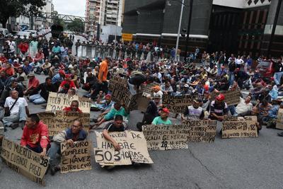 Nuevamente, se registraron protestas.