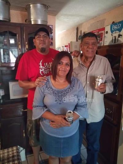 Jesús, Yolanda y Jesús Benito.