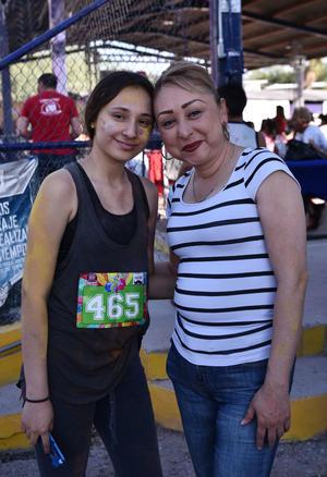 20062019 EVENTO ESCOLAR.  Brenda y Saide.
