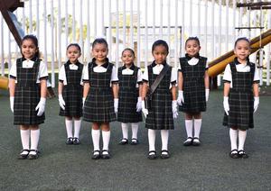 20062019 Valentina, Victoria, Marigaby, Catalina, Alejandra, Bárbara y Leah, escolta de segundo de preescolar.