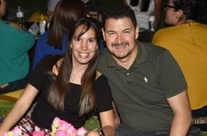 Ana Gaona y Enrique Benítez