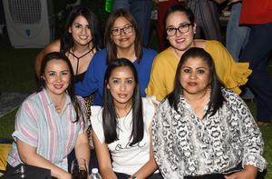 Nancy, Erika, Vero, Lily, Sandra y Lidia