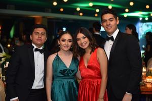 Arturo, Paulina, Pamela y Abraham