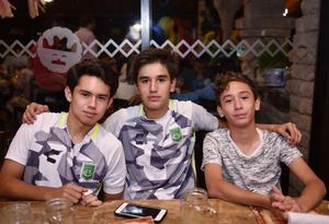 Diego, Ale y Javier
