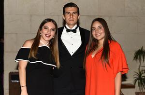 Alexa, Rodrigo y Sofía