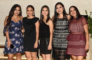 Ana Karen, Adriana, Carmina, Gaby y Karla