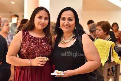 Ana Isabel y Maribel.
