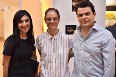 Adriana, Sofía y Alex