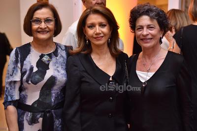 Claudia, Laura y Marisa.