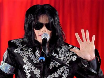 El genial y excéntrico Jackson falleció el 25 de junio de 2009 por sobredosis de anestésicos en su mansión alquilada cerca de Bel Air.