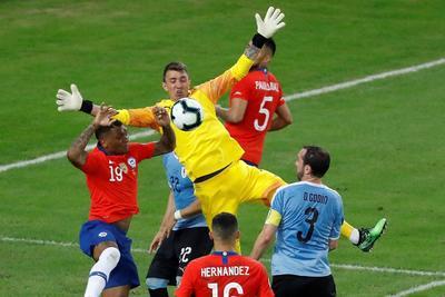 Uruguay derrota por la mínima a Chile