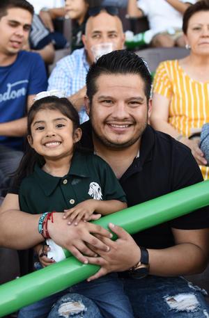25062019 Mía y Alejandro Medina.