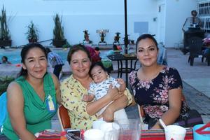 26062019 EN AMENA CONVIVENCIA.  Isela, Karen, Gabriel y Vanessa.