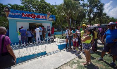 No han importado las altas temperaturas y el sol 'que raja piedras' del verano cubano.