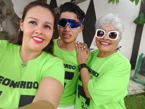 27062019 Yolanda con sus amigas en su fiesta de cumpleaños.