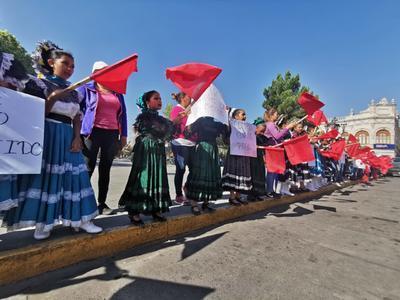 Varios  jóvenes que dejaron de estudiar estaban en el COBAED y eran de procedencia indígena. De los municipios de Pueblo Nuevo, Mezquital, Súchil y Santiago Papasquiaro.