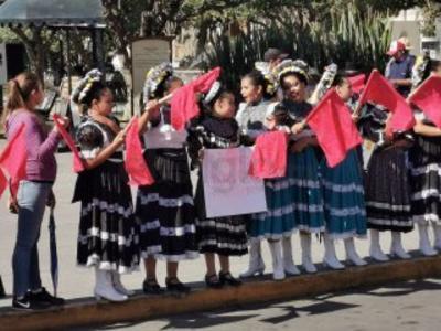Los estudiantes exigieron al presidente Andrés Manuel López Obrador que cumpla con el apoyo a la educación.