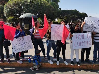 La Federación Nacional de estudiantes Revolucionarios Rafael Ramírez (FNERRR),  este jueves realizó una protesta nacional.