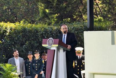 El secretario Alfonso Durazo, señaló que la crisis de seguridad es el reto más importante que enfrenta actualmente el Gobierno federal.